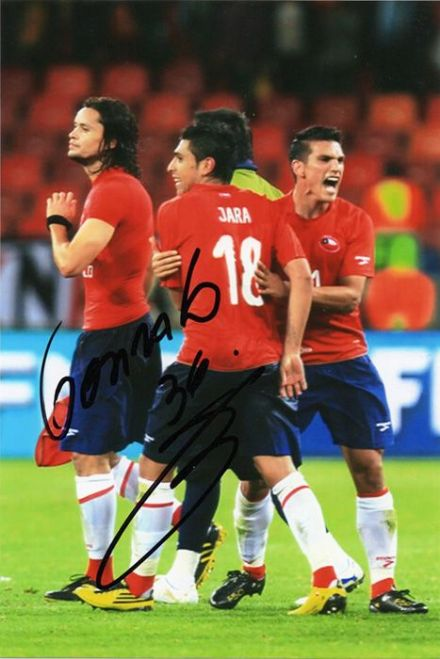 Gonzalo Jara, West Brom, Chile, signed 6x4 inch photo.
